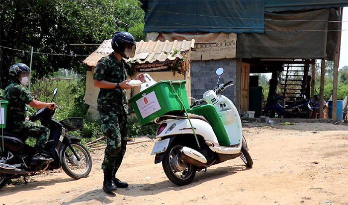 Soldier-Delivery-04.jpg